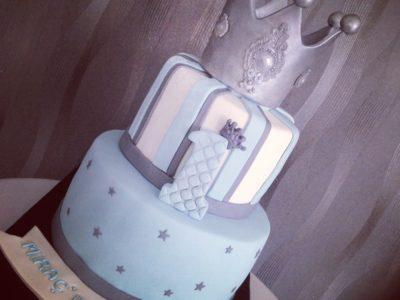 1 yaş pasta