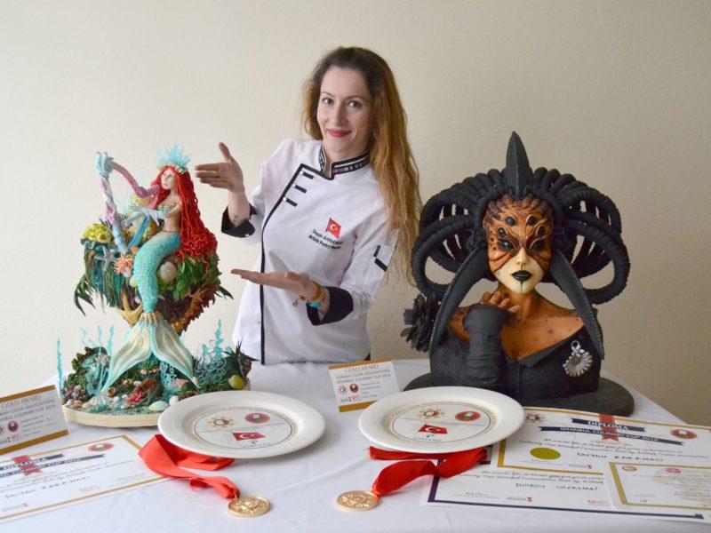 Eurybie ve Adrianne yarışma çalışmalarım 3 altın madalya <3