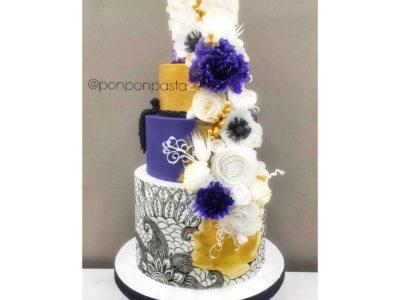 Yenilebilir Kağıt Çiçekli Düğün Pastası